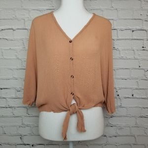 Free Kisses small blush crop bat wing button top